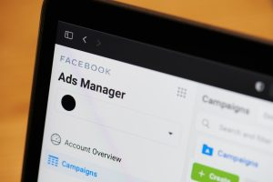 Facebook and instagram ads to increase roofing leads